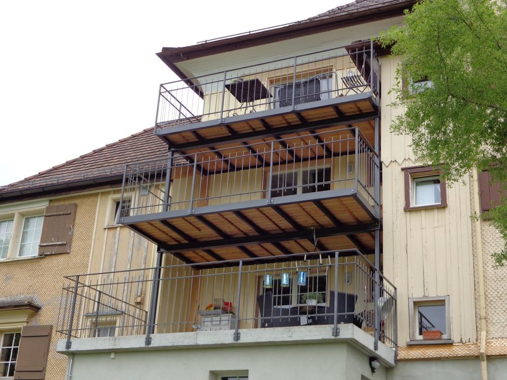 Balkonanbauten  Türmlihus Wattwil (2)